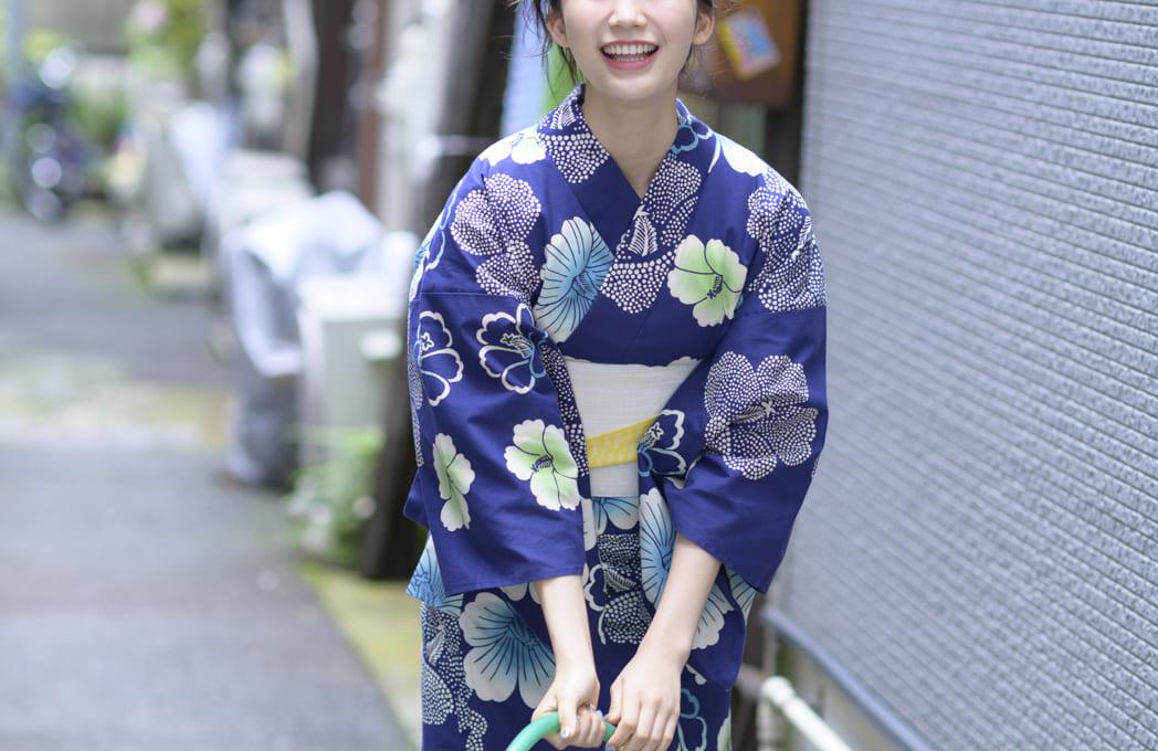 【連載ゆかたと美少女】小倉優香さんがゆかた姿で下町をそぞろ歩く!