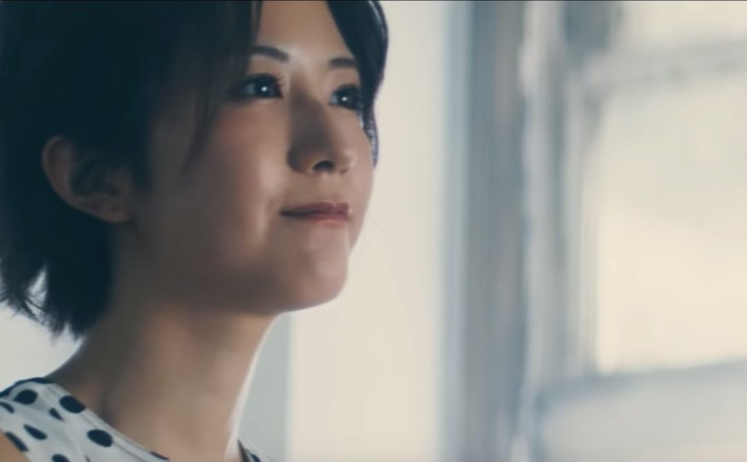 欅坂46、新曲「10月のプールに飛び込んだ」を使用した新TVCM解禁【イオンカード】