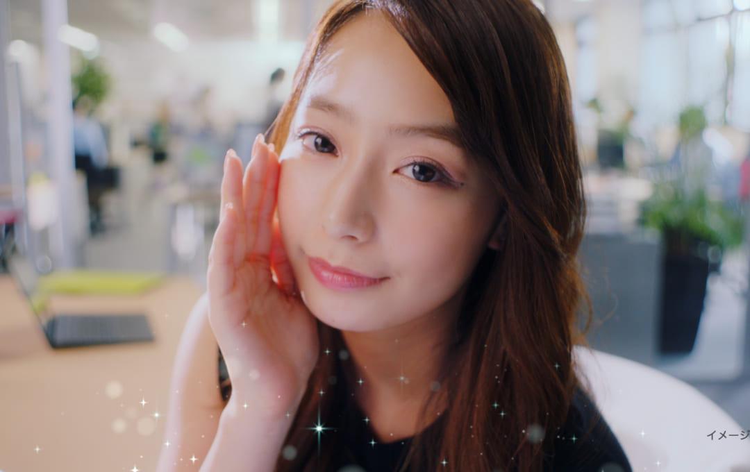 宇垣美里「あっ、好きかも」と照れながら視線そらす レノアビーズ新CM
