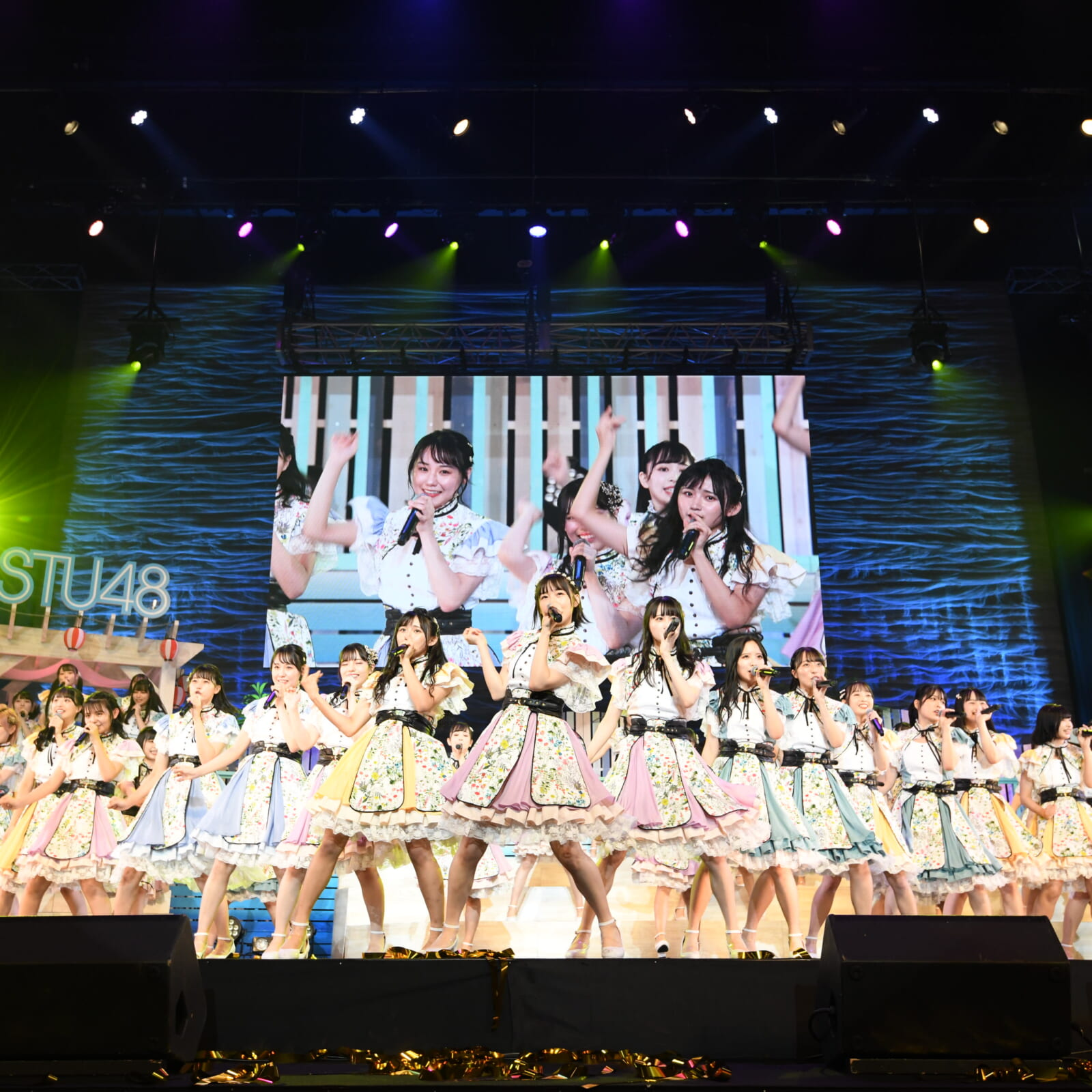 STU48 7 thシングル「ヘタレたちよ」センターは 瀧野由美子。そして、前キャプテン・岡田奈々はSTU48最後の楽曲参加に。さらに2期研究生は正規メンバーへ昇格! ヘタレたちはまた新たな航路へと突き進む …!